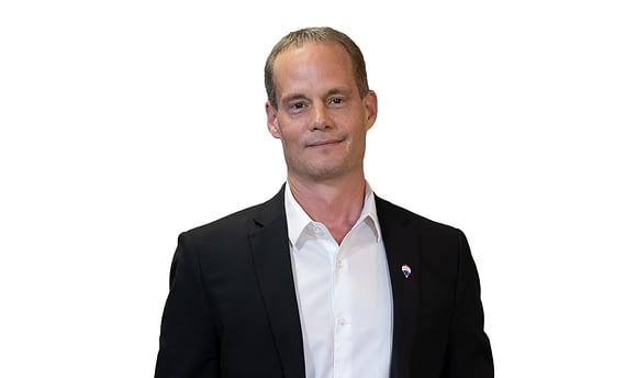 Warren Ens Real Estate Agent Headshot